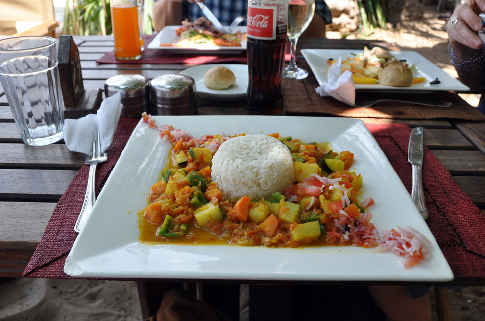 Vegetable curry? HMMM.